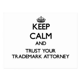 Guarde la calma y confíe en a su abogado de la mar postal