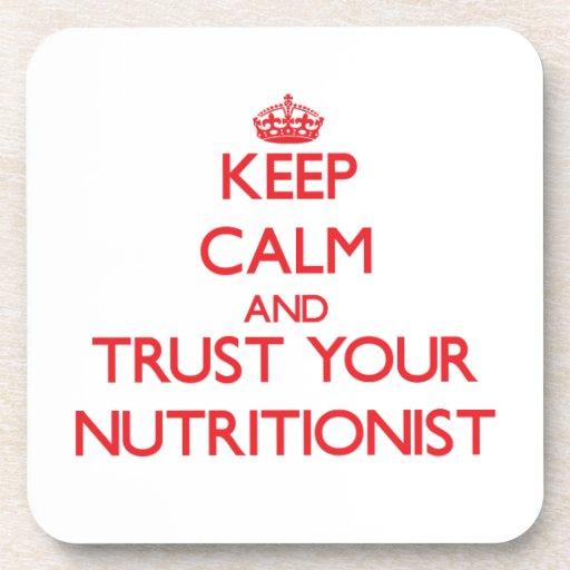 Guarde la calma y confíe en a su nutricionista posavasos