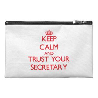 Guarde la calma y confíe en a su secretaria
