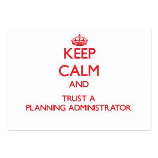 Guarde la calma y confíe en a un administrador del tarjeta de negocio