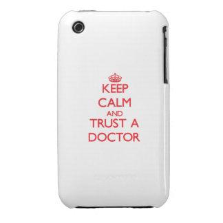 Guarde la calma y confíe en a un doctor iPhone 3 Case-Mate cárcasa