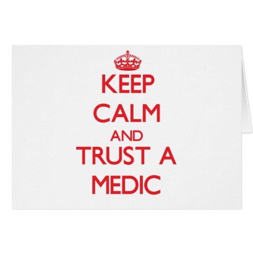 Guarde la calma y confíe en a un médico tarjetas