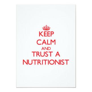 Guarde la calma y confíe en a un nutricionista invitacion personal