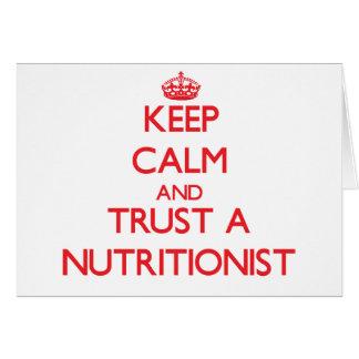 Guarde la calma y confíe en a un nutricionista felicitación