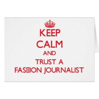 Guarde la calma y confíe en a un periodista de la  tarjeta