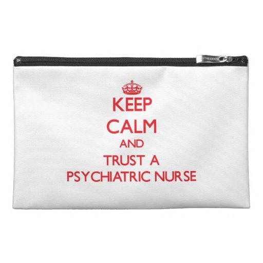 Guarde la calma y confíe en a una enfermera psiqui