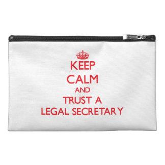 Guarde la calma y confíe en a una secretaria legal