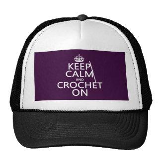 Guarde la calma y Crochet encendido Gorros