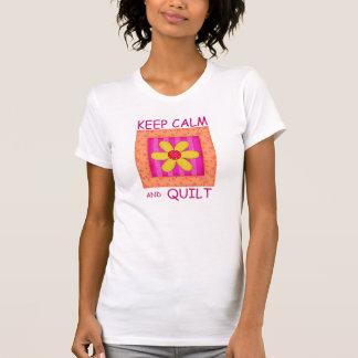 Guarde la calma y el bloque de la flor del camiseta