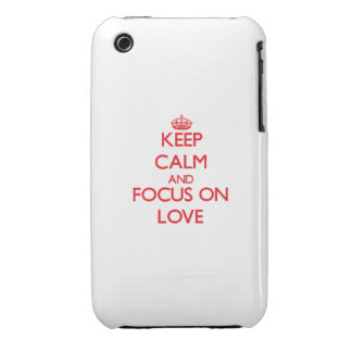Guarde la calma y el foco en amor iPhone 3 cárcasas
