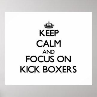 Guarde la calma y el foco en boxeadores del retroc