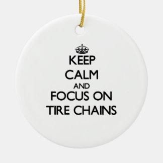 Guarde la calma y el foco en cadenas de neumático ornamentos para reyes magos