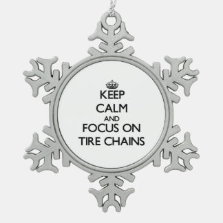 Guarde la calma y el foco en cadenas de neumático adornos