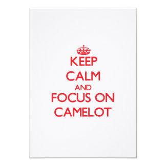 Guarde la calma y el foco en Camelot Invitacion Personal
