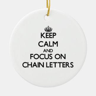 Guarde la calma y el foco en cartas en cadena