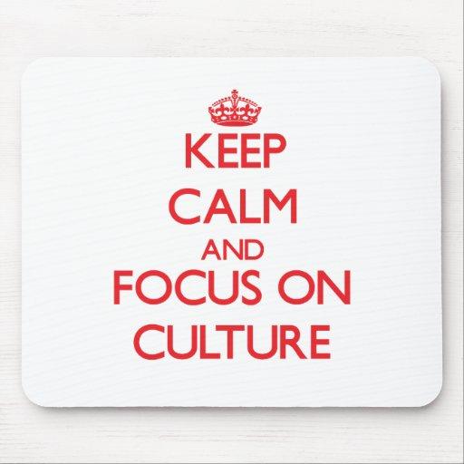 Guarde la calma y el foco en cultura alfombrilla de ratones