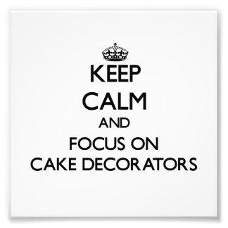 Guarde la calma y el foco en decoradores de la tor fotografías