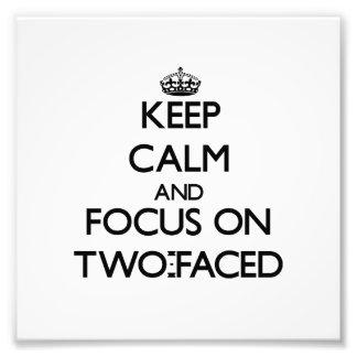 Guarde la calma y el foco en doble