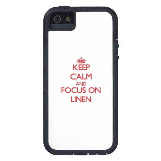 Guarde la calma y el foco en el lino iPhone 5 cárcasas
