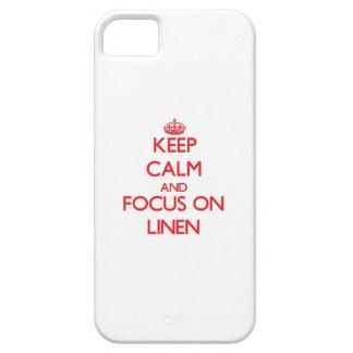 Guarde la calma y el foco en el lino iPhone 5 cárcasa