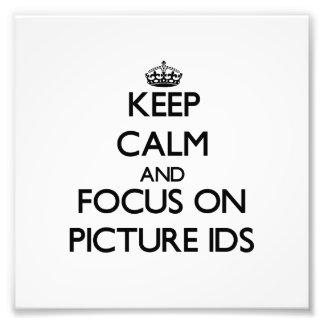 Guarde la calma y el foco en Ids de la imagen