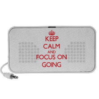 Guarde la calma y el foco en ir laptop altavoces
