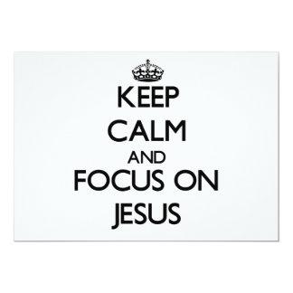 Guarde la calma y el foco en Jesús Invitación 12,7 X 17,8 Cm