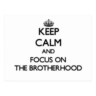 Guarde la calma y el foco en la fraternidad postales