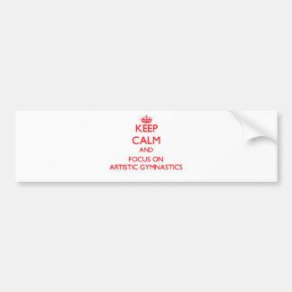 Guarde la calma y el foco en la gimnasia artística pegatina de parachoque