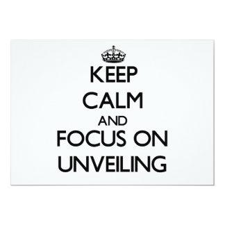 Guarde la calma y el foco en la revelación invitación 12,7 x 17,8 cm