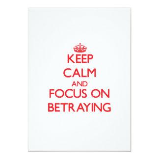 Guarde la calma y el foco en la traición anuncio personalizado