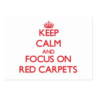 Guarde la calma y el foco en las alfombras rojas tarjetas de visita grandes
