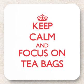 Guarde la calma y el foco en las bolsitas de té posavasos de bebida