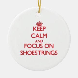 Guarde la calma y el foco en las cintas de zapatos