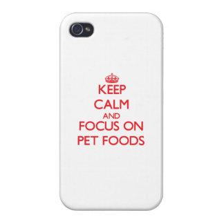Guarde la calma y el foco en las comidas de mascot iPhone 4 cárcasa