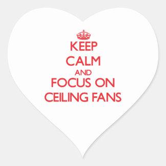 Guarde la calma y el foco en las fans de techo calcomanía corazón