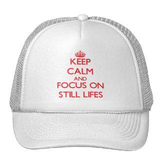 Guarde la calma y el foco en Lifes inmóvil Gorras De Camionero