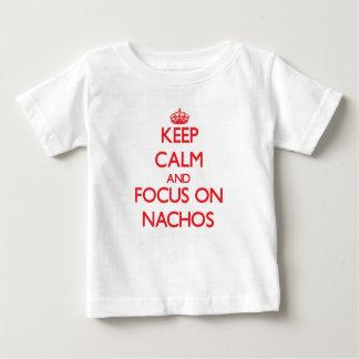Guarde la calma y el foco en los Nachos Camiseta Para Bebé
