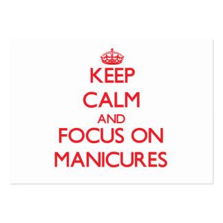 Guarde la calma y el foco en manicuras