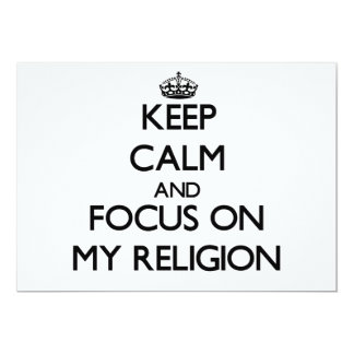 Guarde la calma y el foco en mi religión invitación 12,7 x 17,8 cm