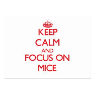 Guarde la calma y el foco en ratones tarjetas de visita grandes