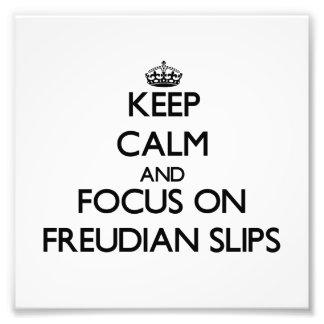 Guarde la calma y el foco en resbalones freudianos