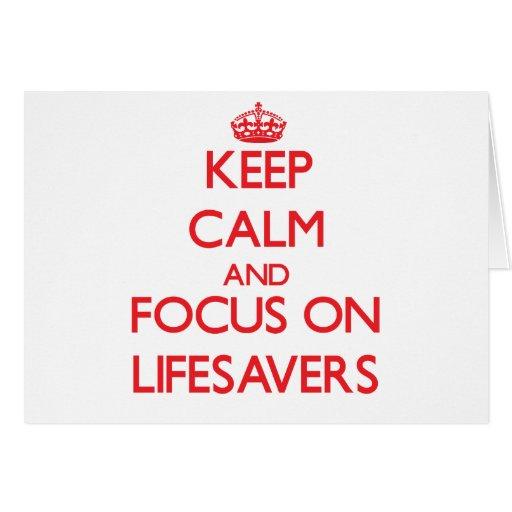 Guarde la calma y el foco en salvaciones tarjetas