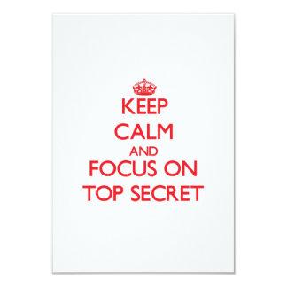 Guarde la calma y el foco en secretísimo anuncios