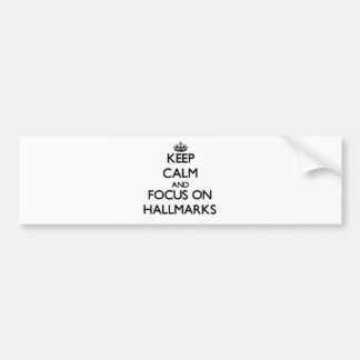 Guarde la calma y el foco en sellos etiqueta de parachoque