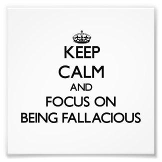 Guarde la calma y el foco en ser engañoso