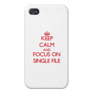 Guarde la calma y el foco en solo fichero iPhone 4 funda