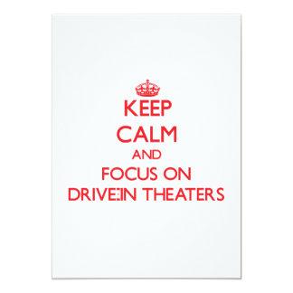 Guarde la calma y el foco en teatros del anuncio personalizado