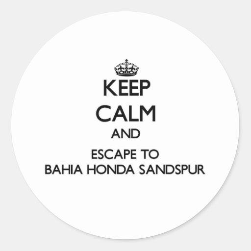 Guarde la calma y escápese a Bahía Honda Sandspur Etiquetas Redondas