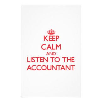 Guarde la calma y escuche el contable papeleria de diseño